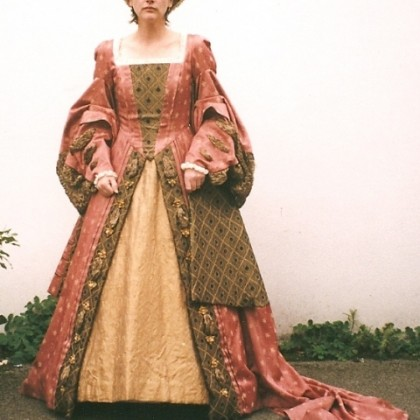 henry viii period costume